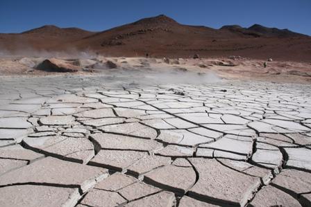 "Geysers ""sol de mañana"" : la boue bout à 150 - 200 degrés"